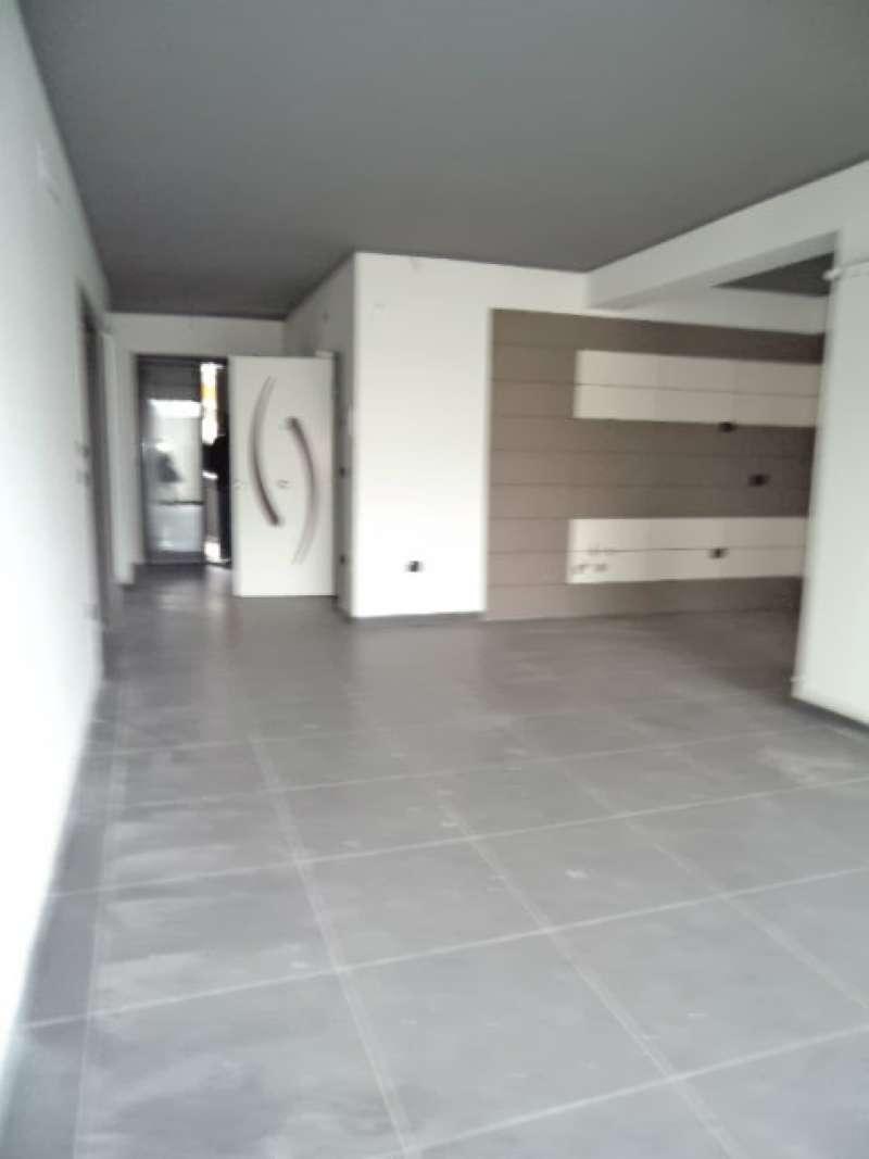 Appartamento in vendita a Villaricca, 7 locali, prezzo € 270.000 | CambioCasa.it