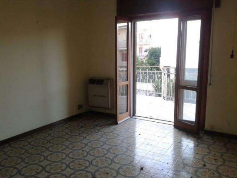 Appartamento in vendita a Villaricca, 5 locali, prezzo € 145.000 | CambioCasa.it