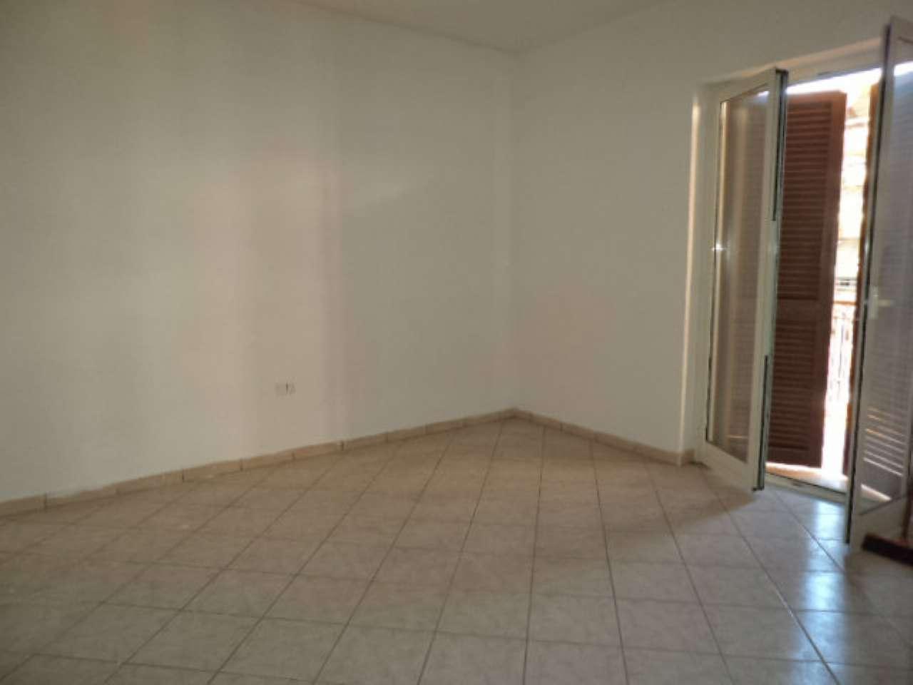 Appartamento in vendita a Giugliano in Campania, 5 locali, prezzo € 140.000 | CambioCasa.it