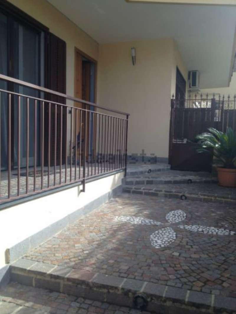 Villa in vendita a Giugliano in Campania, 6 locali, prezzo € 310.000 | CambioCasa.it