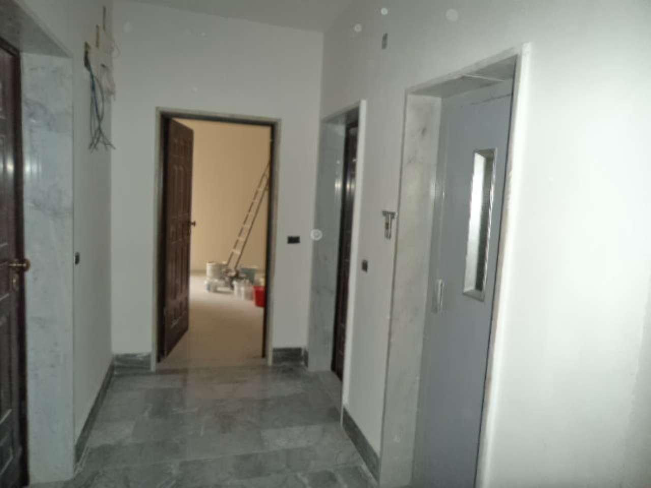 Appartamento in affitto a Sant'Antimo, 3 locali, prezzo € 480   CambioCasa.it