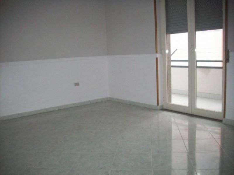 Appartamento in affitto a Giugliano in Campania, 3 locali, prezzo € 420 | CambioCasa.it