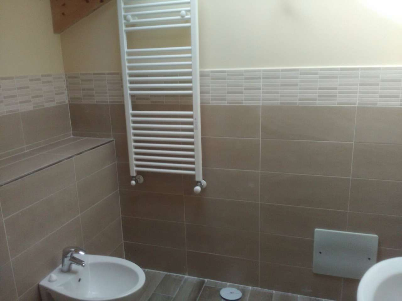 Appartamento in affitto a Gricignano di Aversa, 5 locali, prezzo € 500 | CambioCasa.it