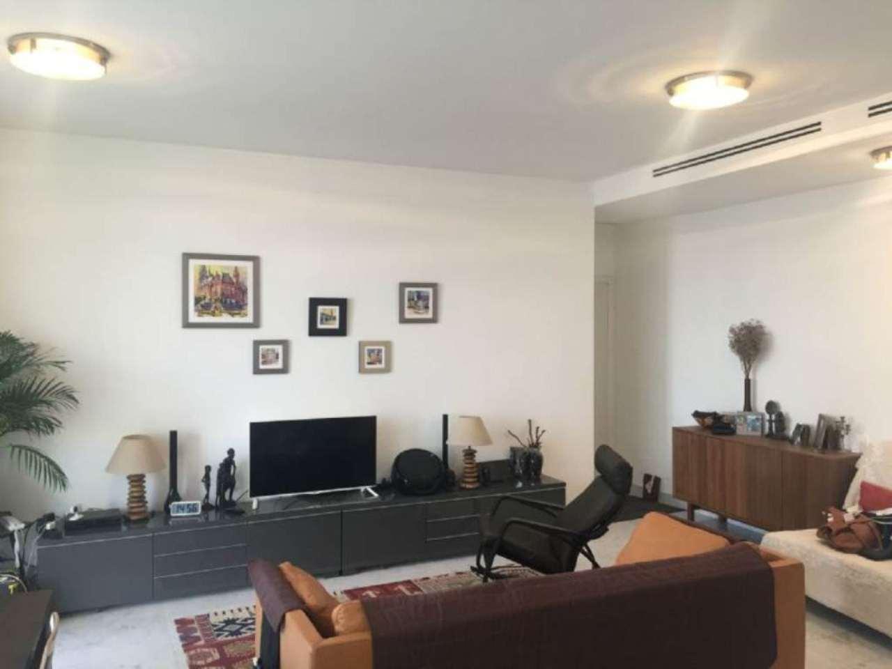 Appartamento in affitto a Milano, 3 locali, zona Zona: 15 . Fiera, Firenze, Sempione, Pagano, Amendola, Paolo Sarpi, Arena, prezzo € 2.600 | Cambio Casa.it