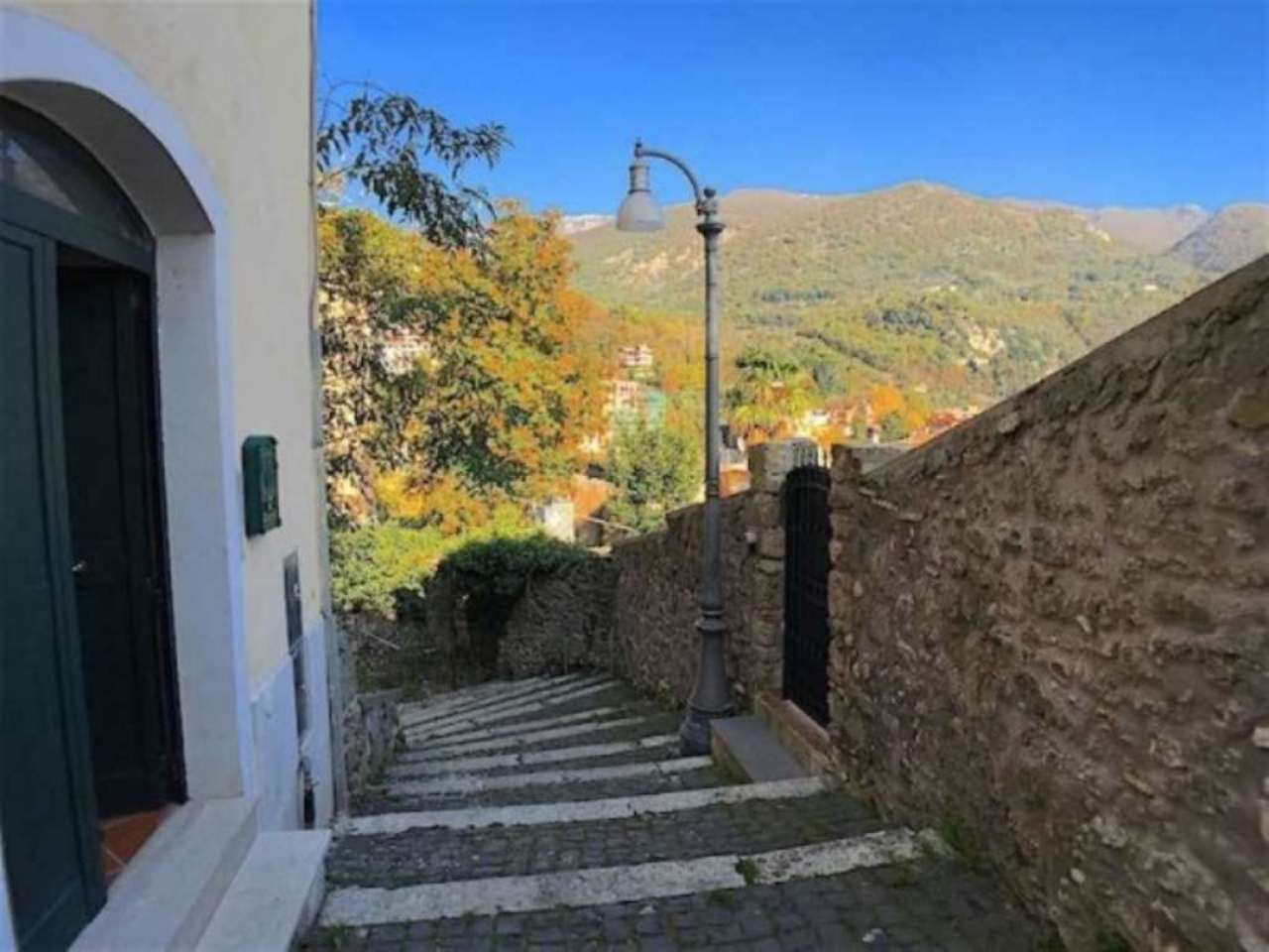 Bilocale Subiaco Via Del Torrione 4