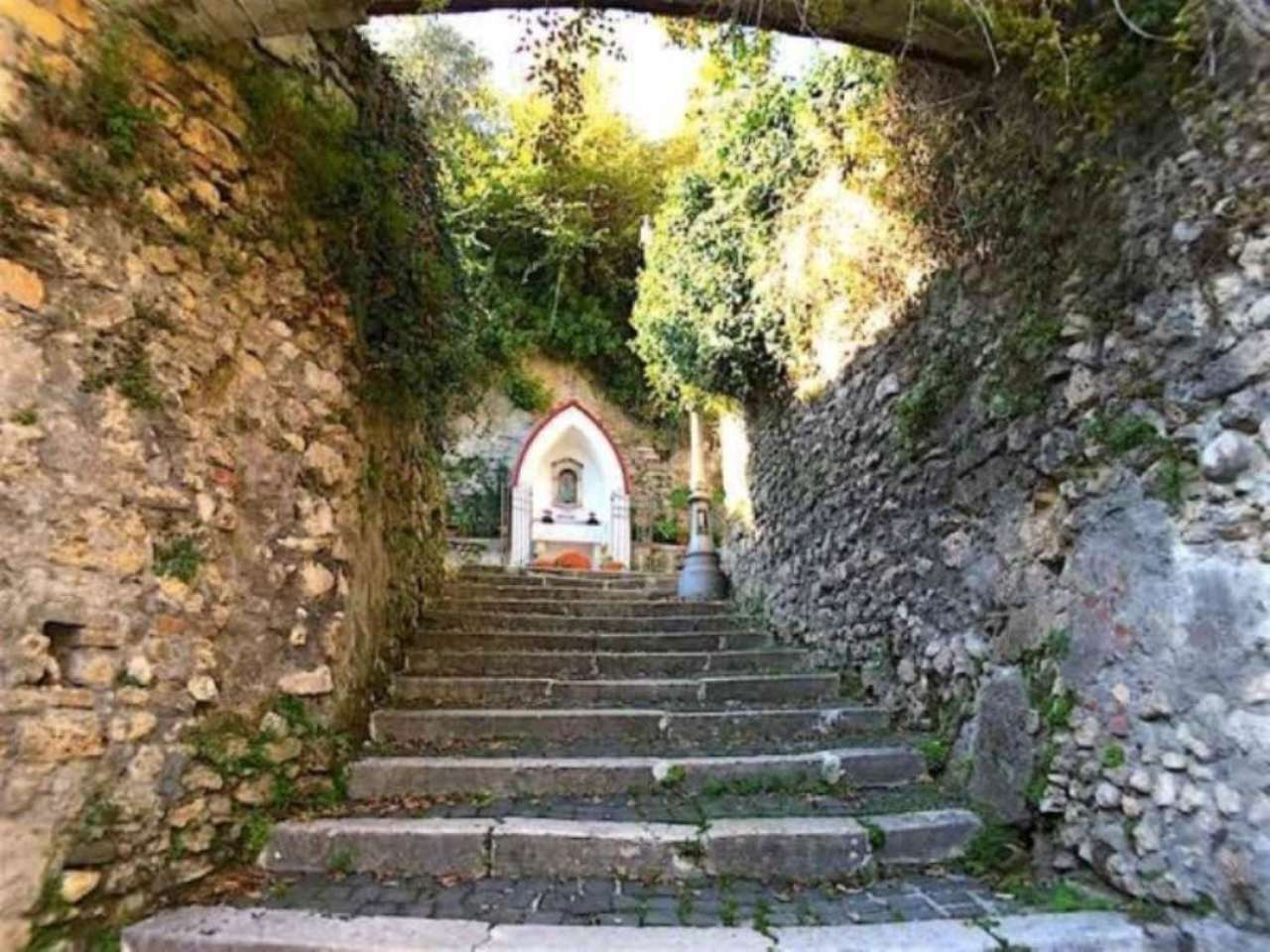 Bilocale Subiaco Via Del Torrione 11