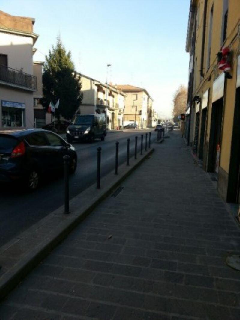 Negozio / Locale in vendita a Monza, 2 locali, zona Zona: 3 . Via Libertà, Cederna, San Albino, prezzo € 55.000 | CambioCasa.it