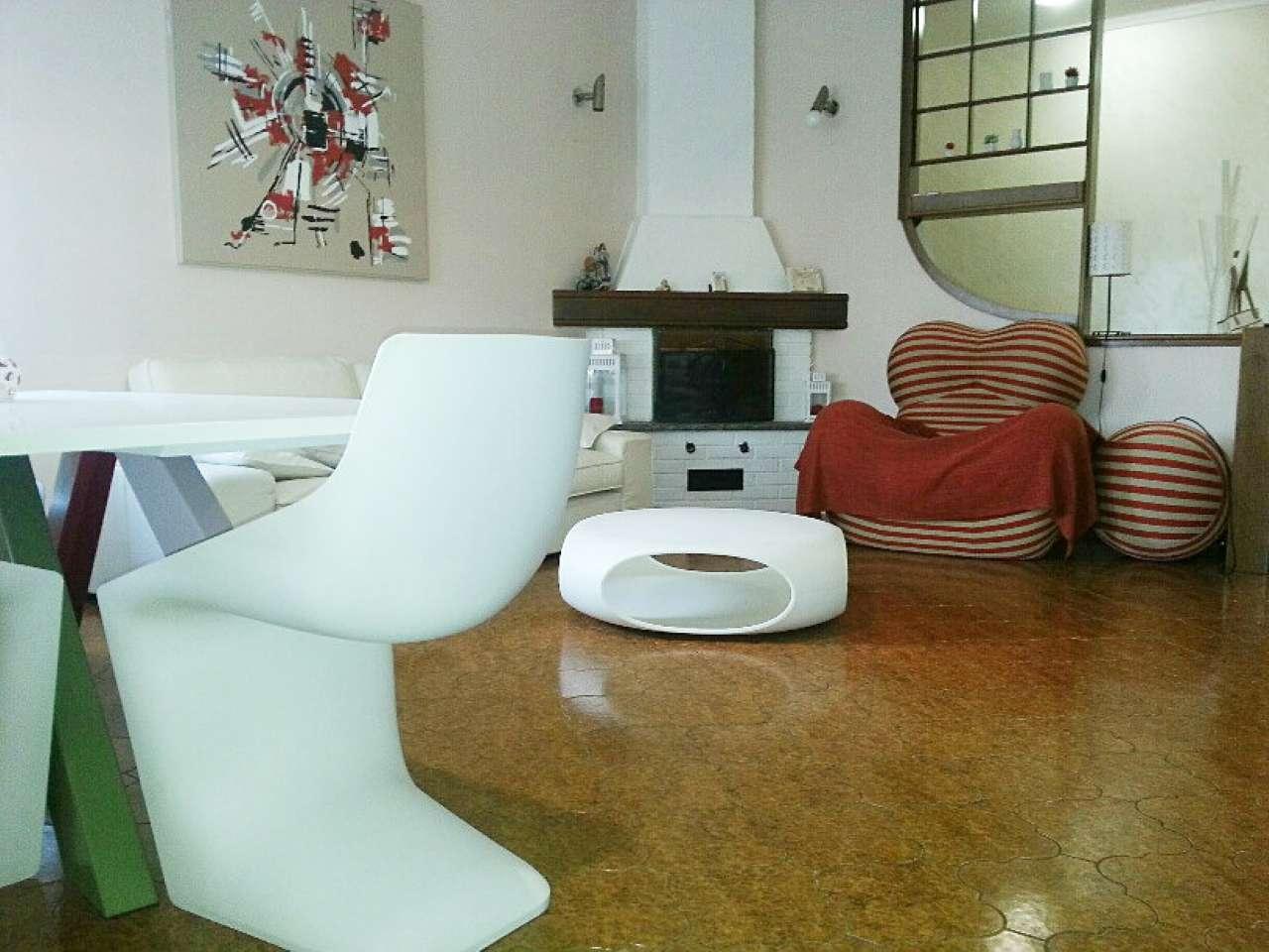 Villa in vendita a Arcore, 5 locali, prezzo € 450.000 | Cambio Casa.it