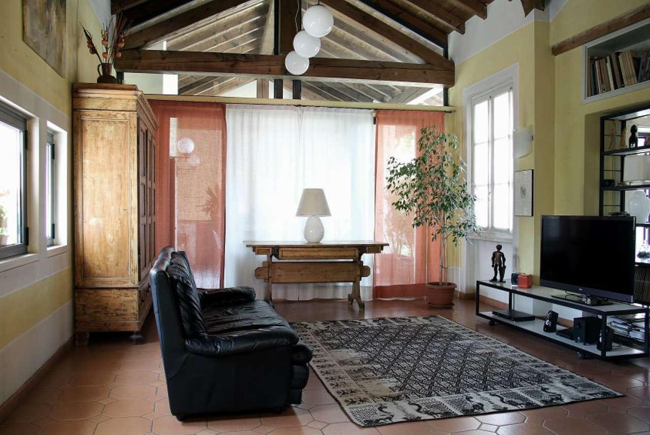 Appartamento in vendita a Cormano, 5 locali, prezzo € 665.000 | Cambio Casa.it