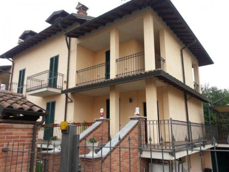 Villa in vendita a Valle Salimbene, 6 locali, prezzo € 260.000 | Cambio Casa.it