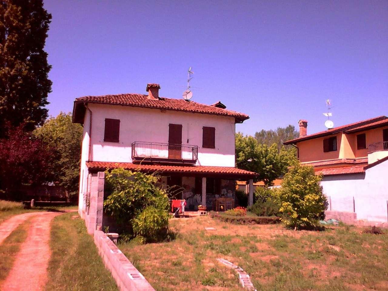 Soluzione Indipendente in vendita a Zinasco, 5 locali, prezzo € 225.000 | Cambio Casa.it
