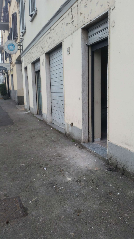 Negozio / Locale in affitto a Pavia, 9999 locali, prezzo € 1.600 | Cambio Casa.it