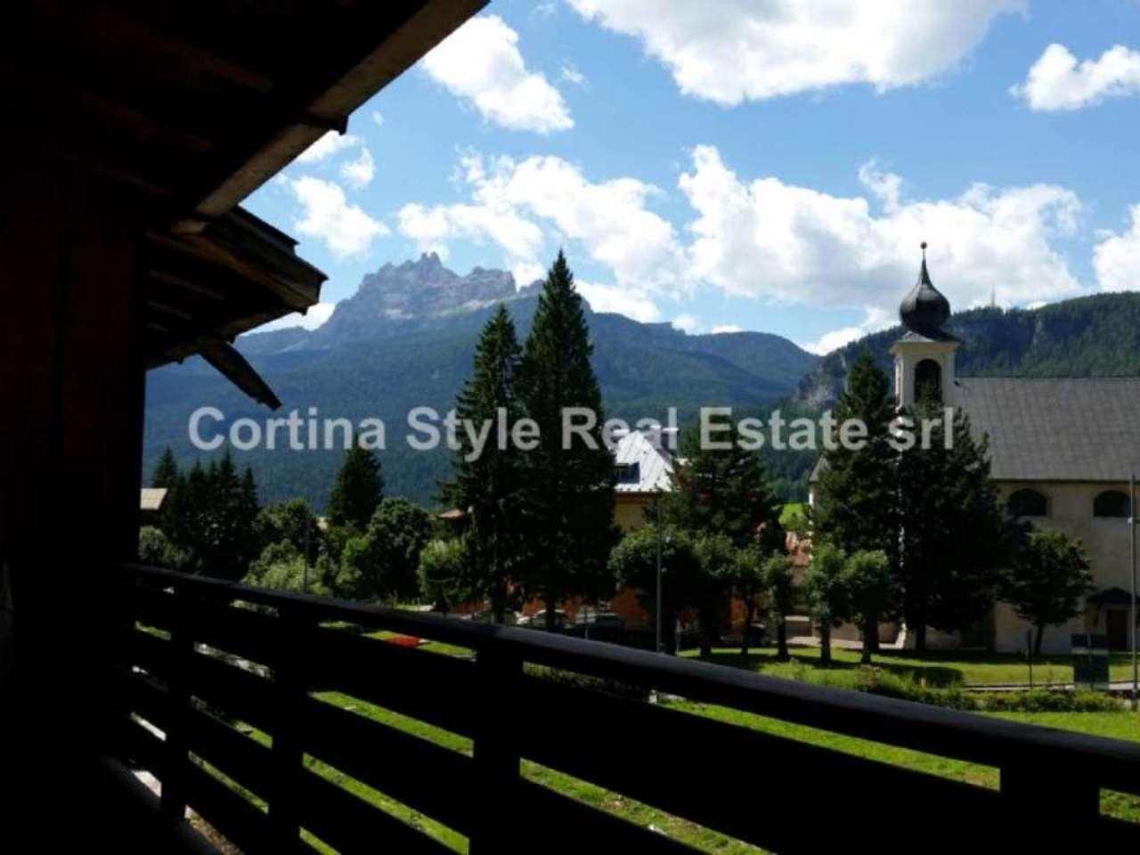 Attico / Mansarda in vendita a Cortina d'Ampezzo, 9 locali, Trattative riservate | Cambio Casa.it