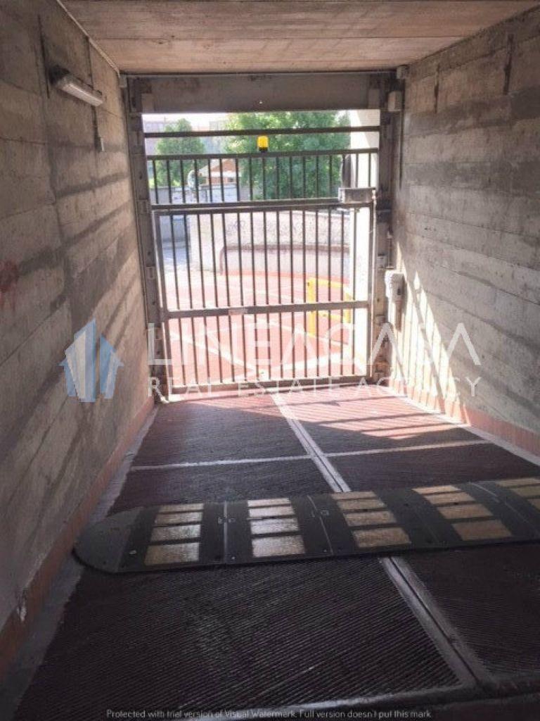 Box / Garage in vendita a Corsico, 1 locali, prezzo € 14.500 | Cambio Casa.it