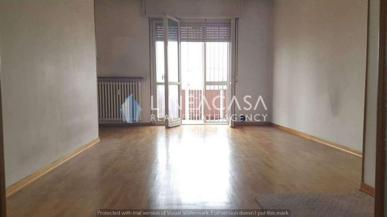 Appartamento in vendita a Cesano Boscone, 3 locali, prezzo € 210.000 | Cambio Casa.it