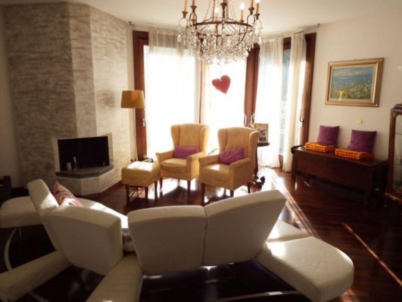 Villa in vendita a Monza, 6 locali, zona Zona: 2 . Parco, Trattative riservate | Cambio Casa.it