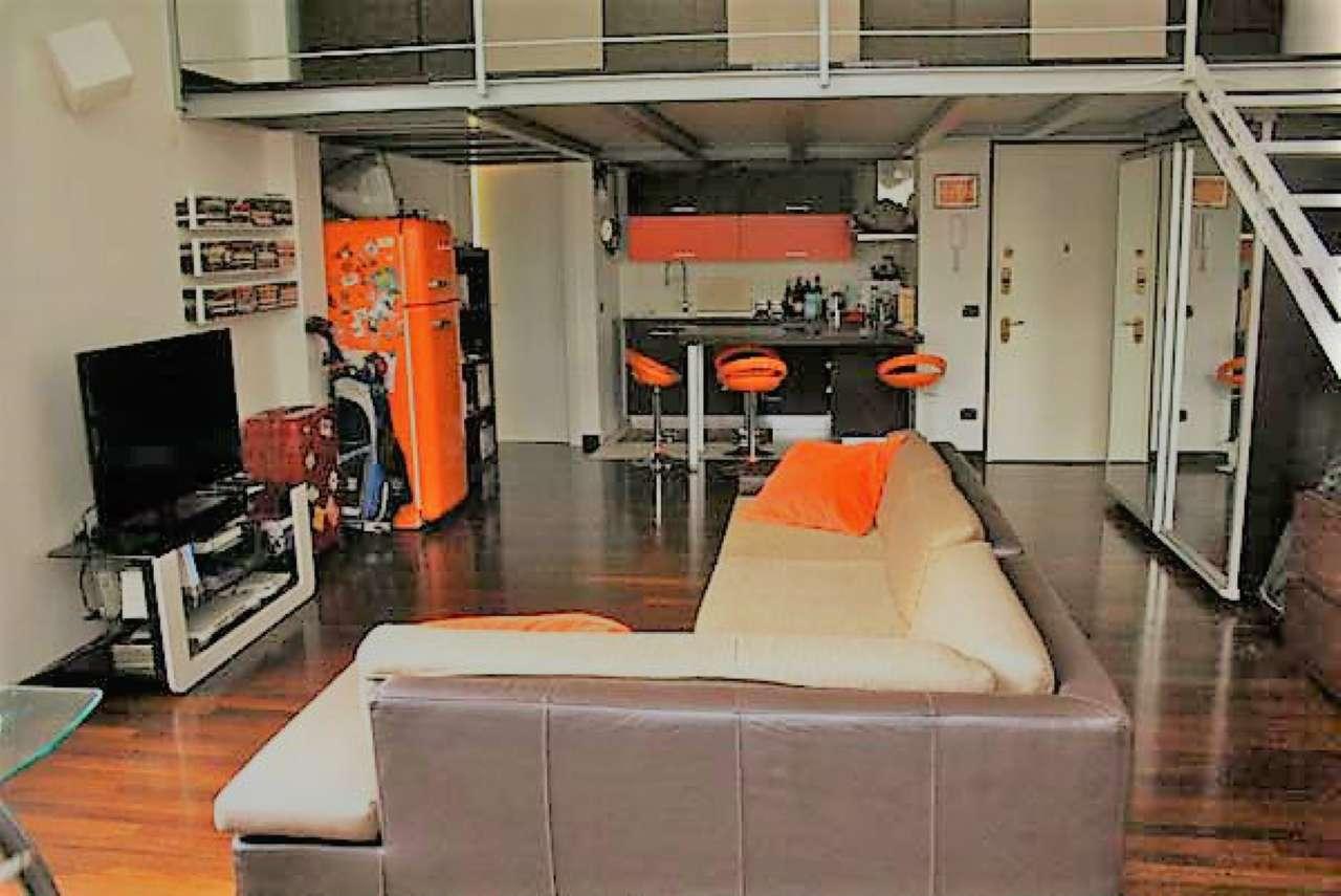 Loft open space in affitto a milano annunci immobiliari for Loft roma affitto