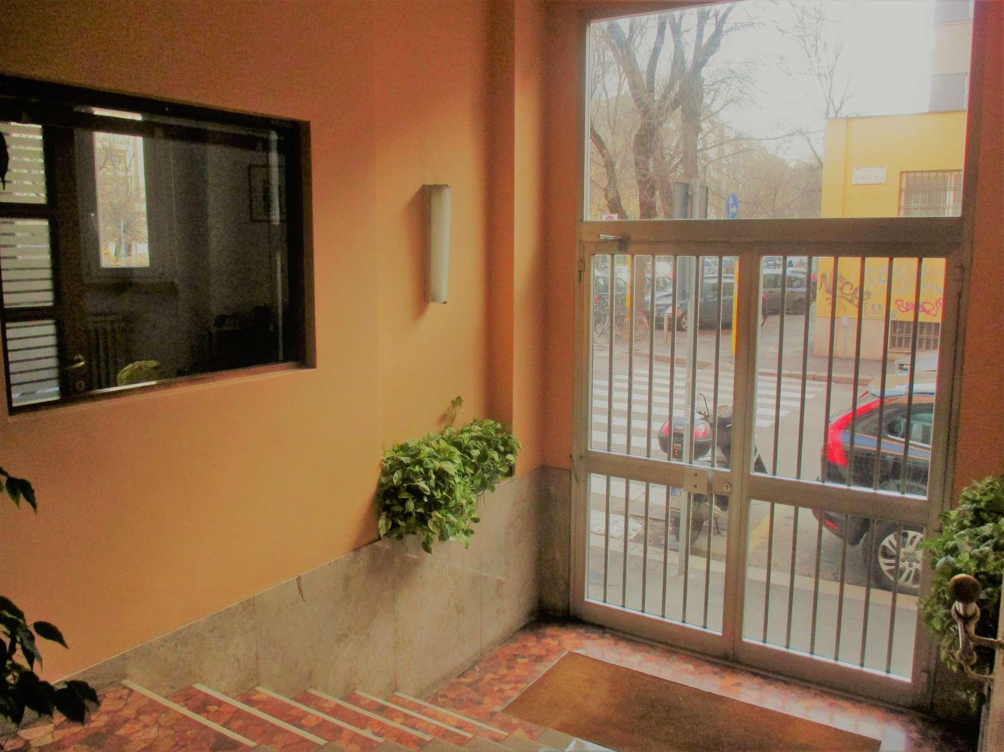 Laboratorio in Affitto a Milano 16 Savona / San Cristoforo / Napoli / Coni Zugna: 1 locali, 20 mq
