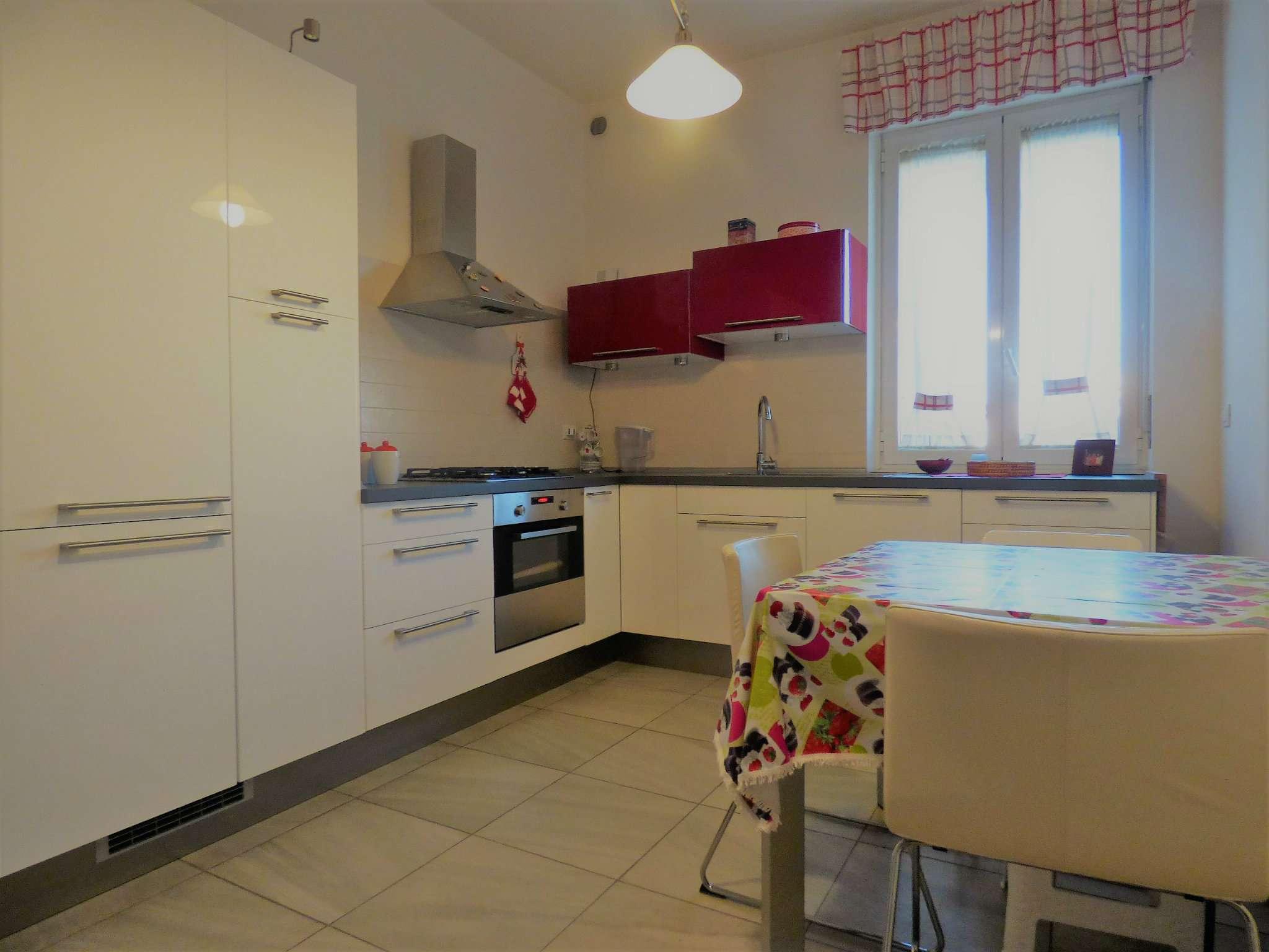 Appartamento in vendita a milano via volvinio trovocasa for Fontana arredamenti milano via tibaldi
