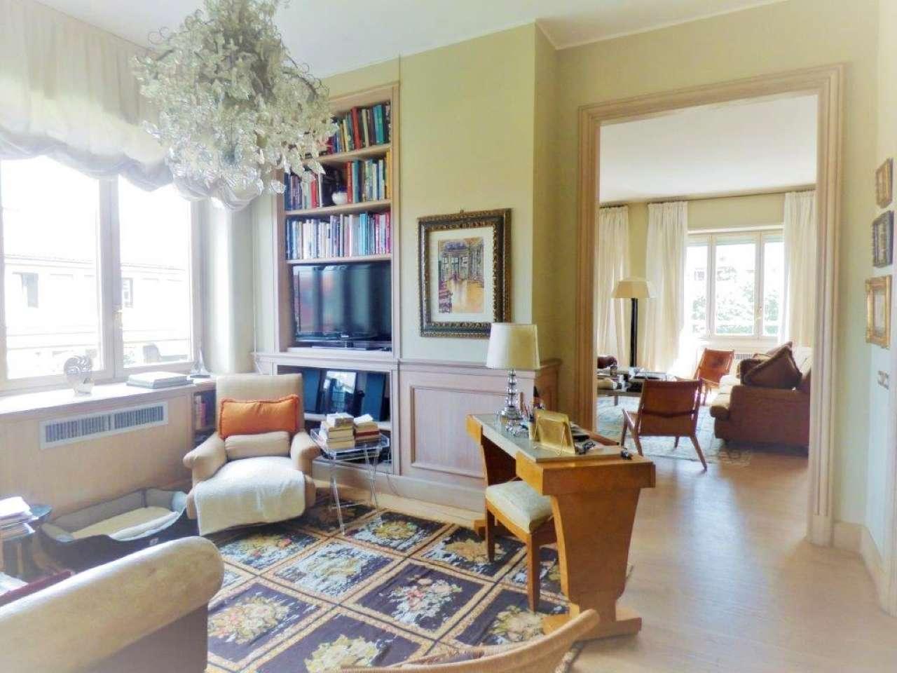 Appartamento in Vendita a Milano 01 Centro storico (Cerchia dei Navigli): 5 locali, 260 mq