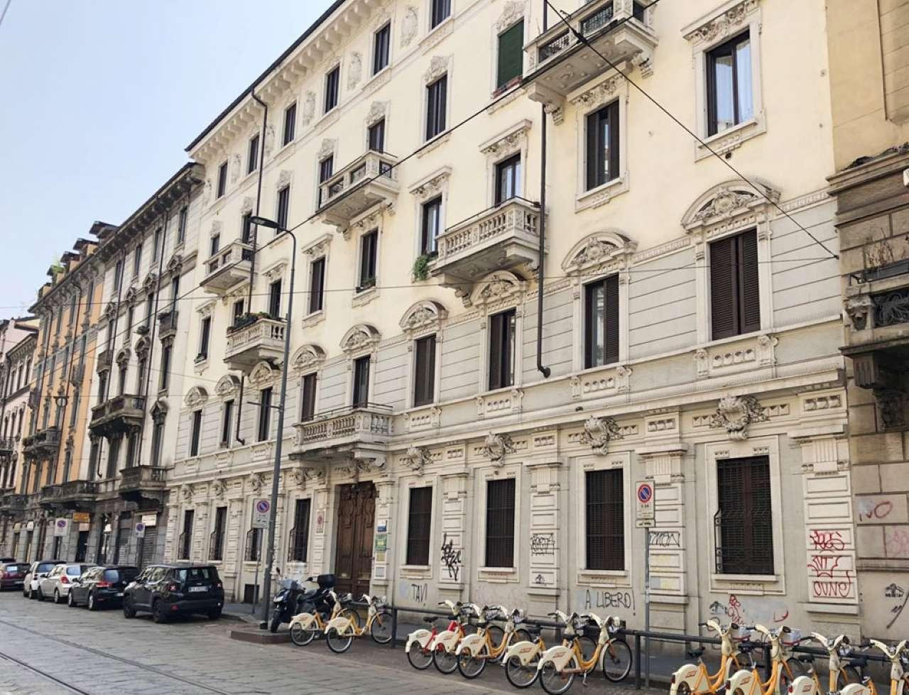 Appartamento in Vendita a Milano 10 Isola / Centrale / Gioia: 3 locali, 138 mq