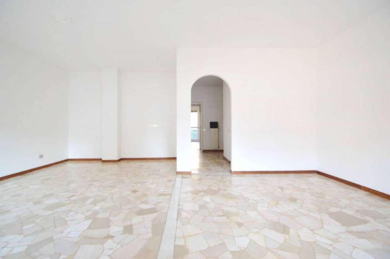 Appartamento in Affitto a Milano 07 Darsena /  Ticinese: 2 locali, 115 mq
