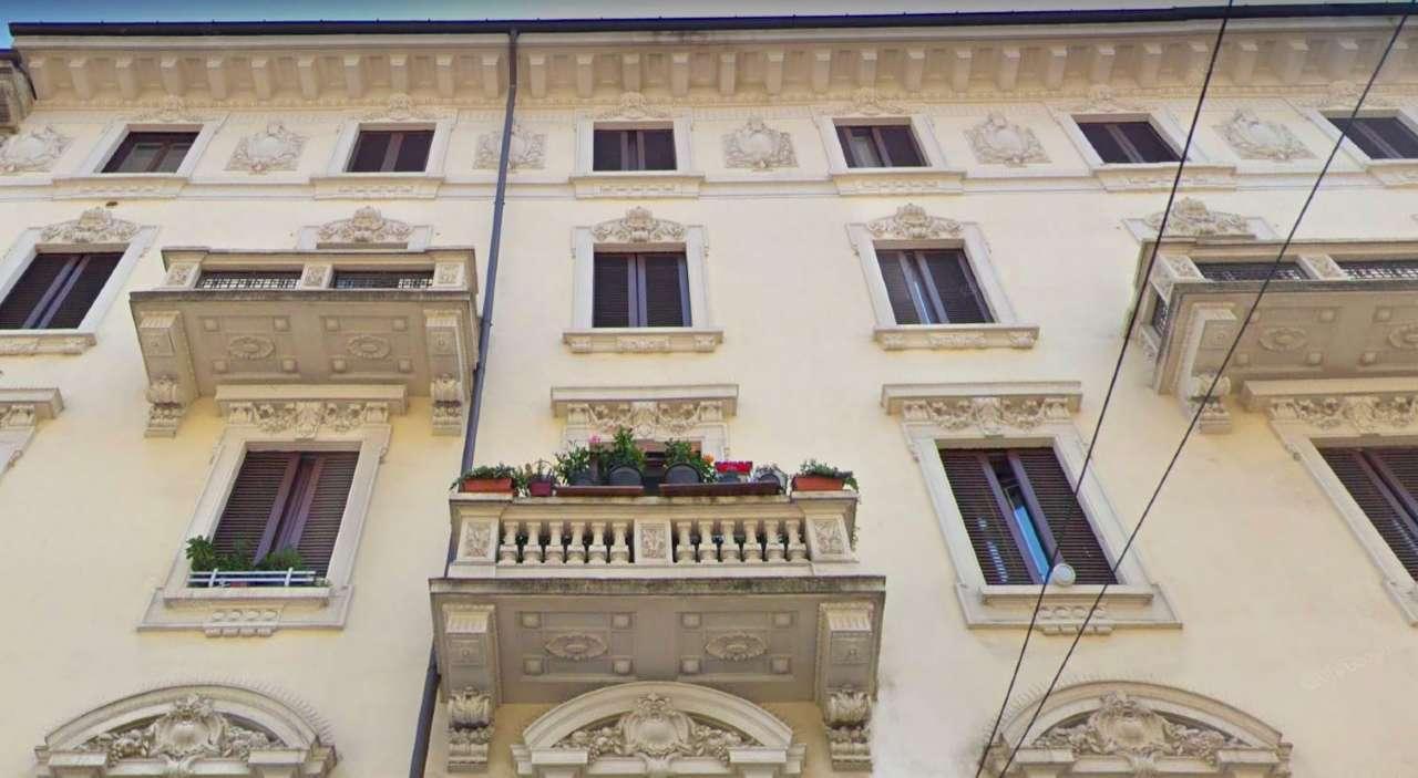 Appartamento in Vendita a Milano 03 Venezia / Piave / Buenos Aires: 2 locali, 77 mq
