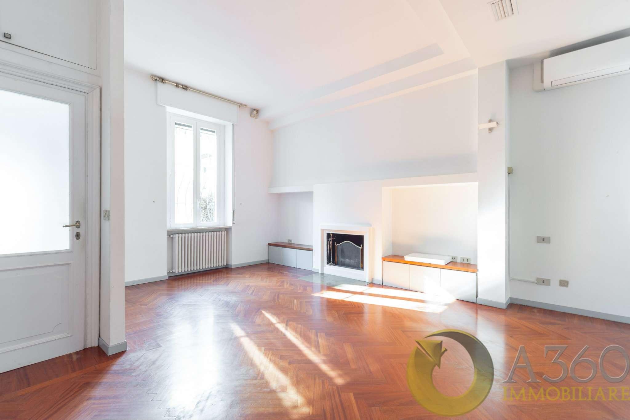 Villa in Affitto a Milano 17 Marghera / Wagner / Fiera: 5 locali, 200 mq