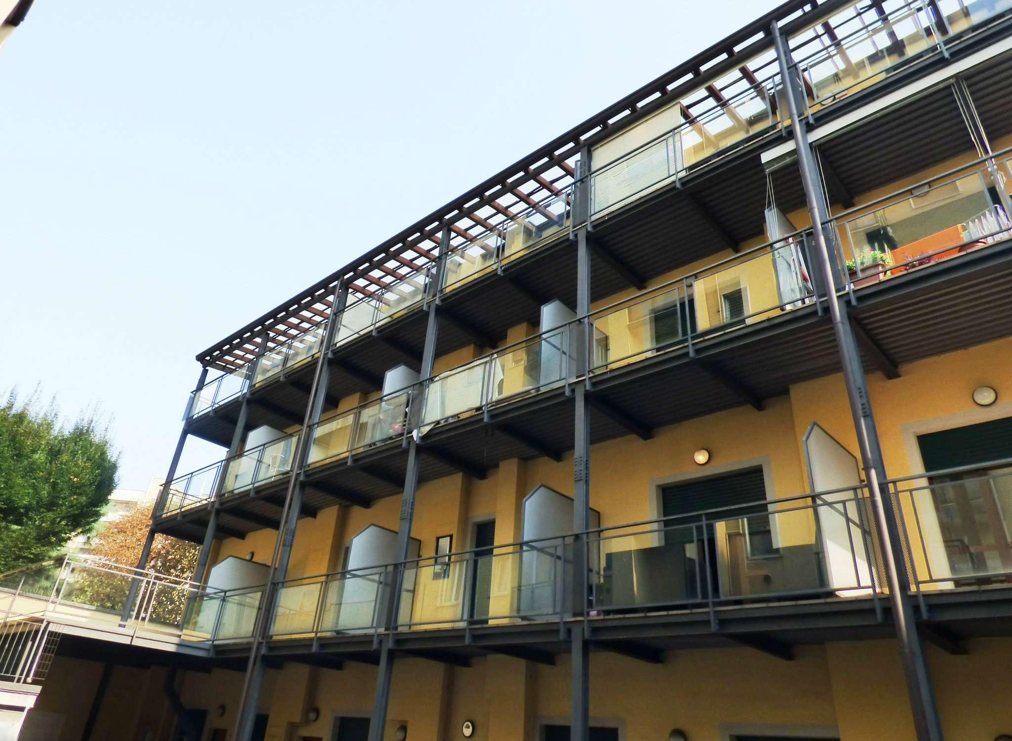 Appartamento in Vendita a Milano 29 Certosa / Bovisa / Dergano / Maciachini / Istria / Testi: 2 locali, 78 mq