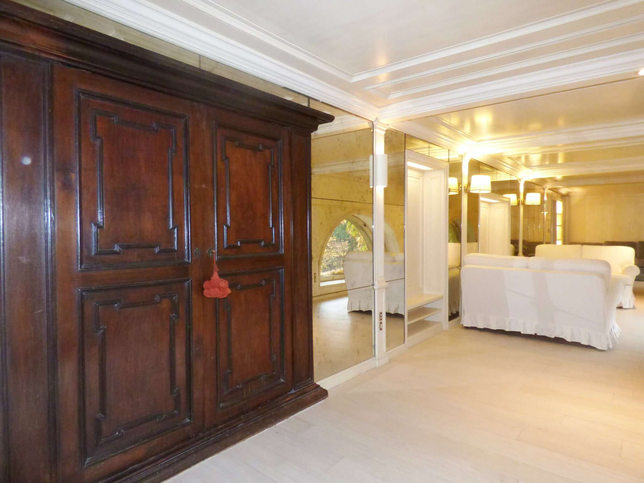 Appartamento in Affitto a Milano 01 Centro storico (Cerchia dei Navigli): 5 locali, 140 mq