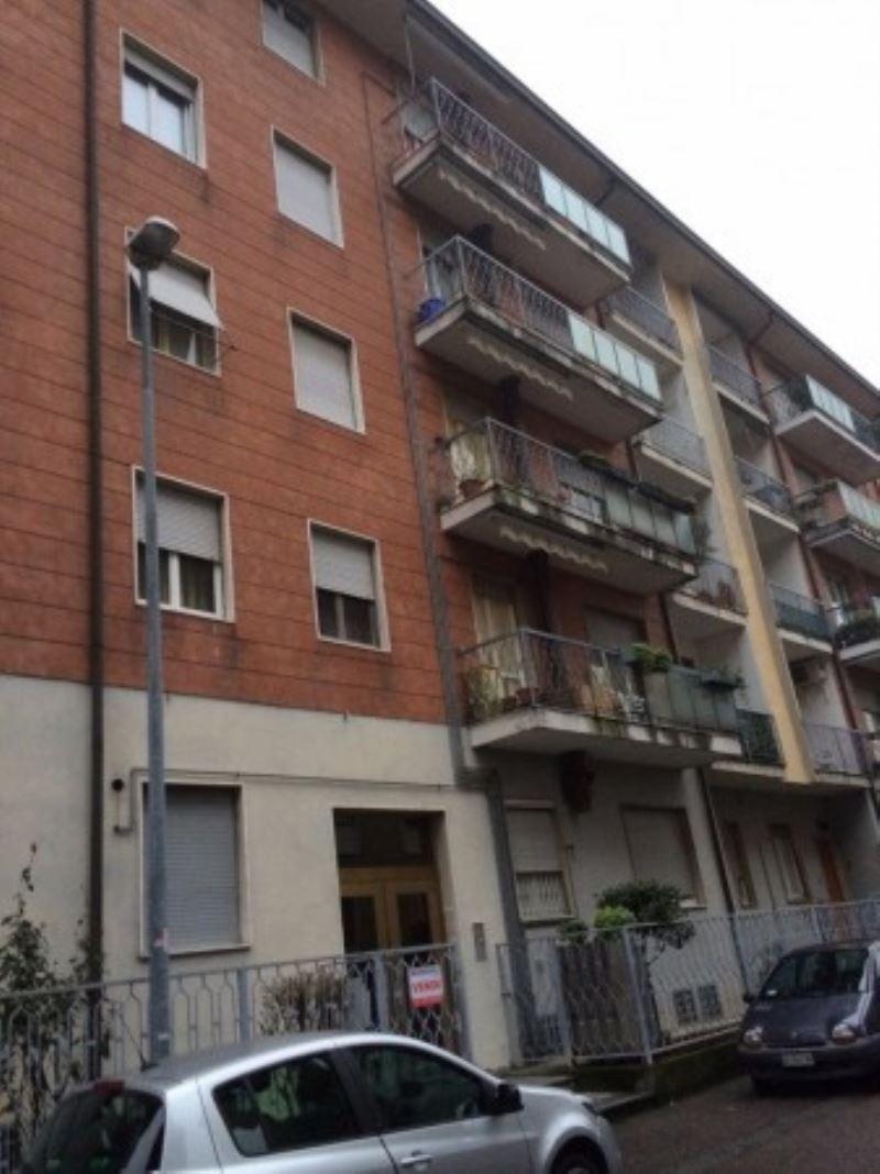Appartamento in vendita a Magenta, 3 locali, prezzo € 90.000 | Cambio Casa.it
