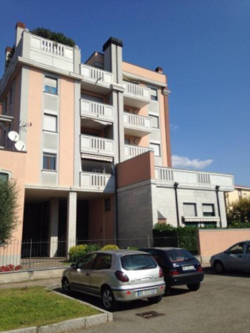 Appartamento in vendita a Arluno, 2 locali, prezzo € 148.000 | Cambio Casa.it