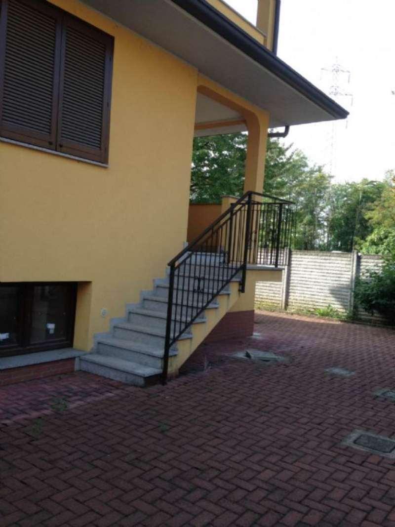 Villa in vendita a Arluno, 3 locali, prezzo € 290.000 | Cambio Casa.it
