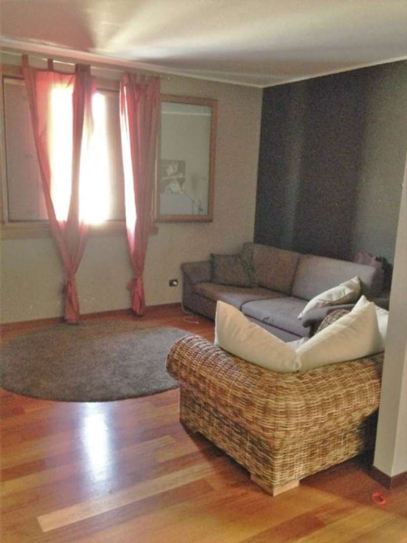 Appartamento in vendita a Vittuone, 3 locali, prezzo € 145.000 | Cambio Casa.it