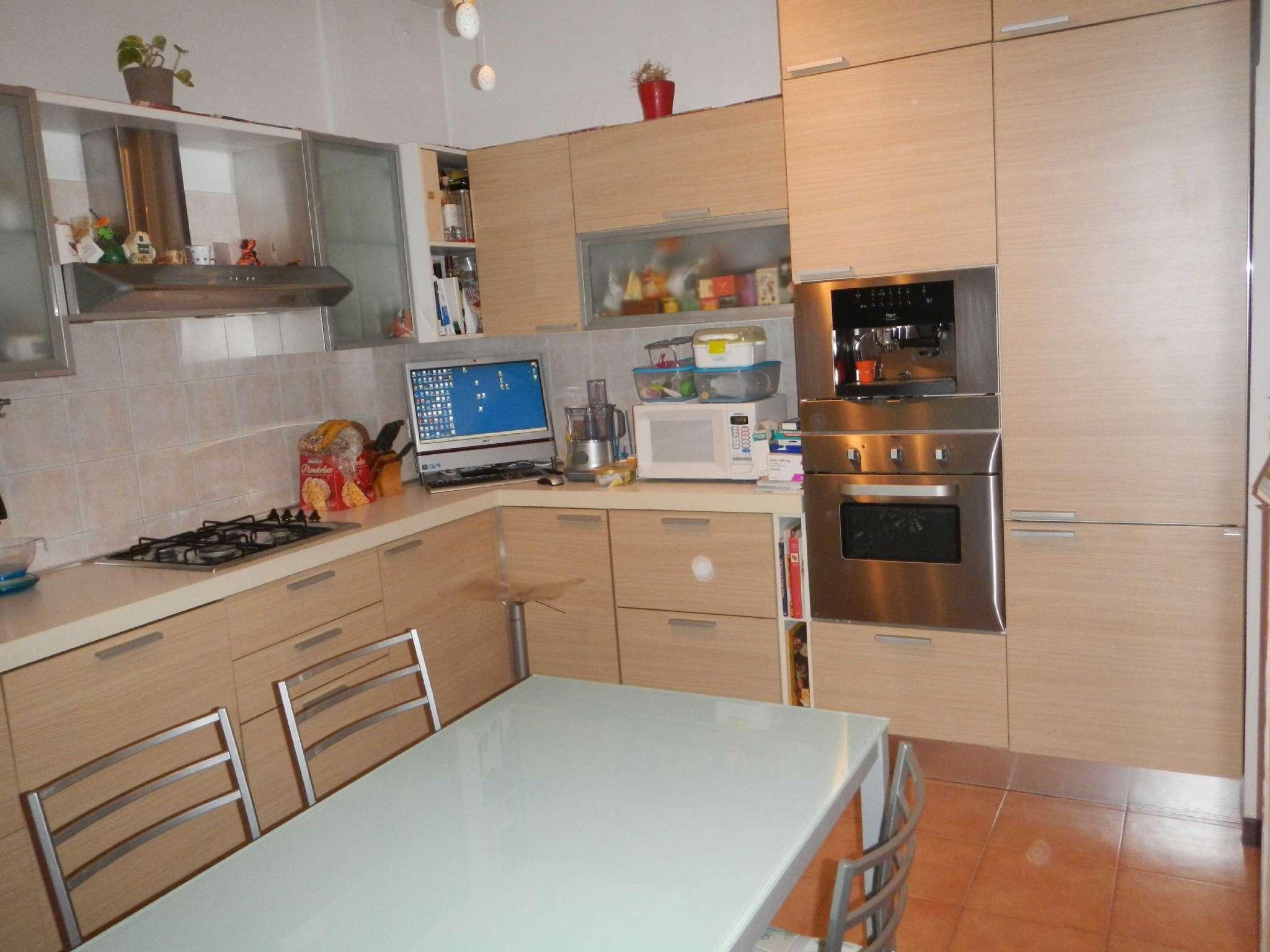 Appartamento in vendita a Vittuone, 3 locali, prezzo € 249.000 | Cambio Casa.it
