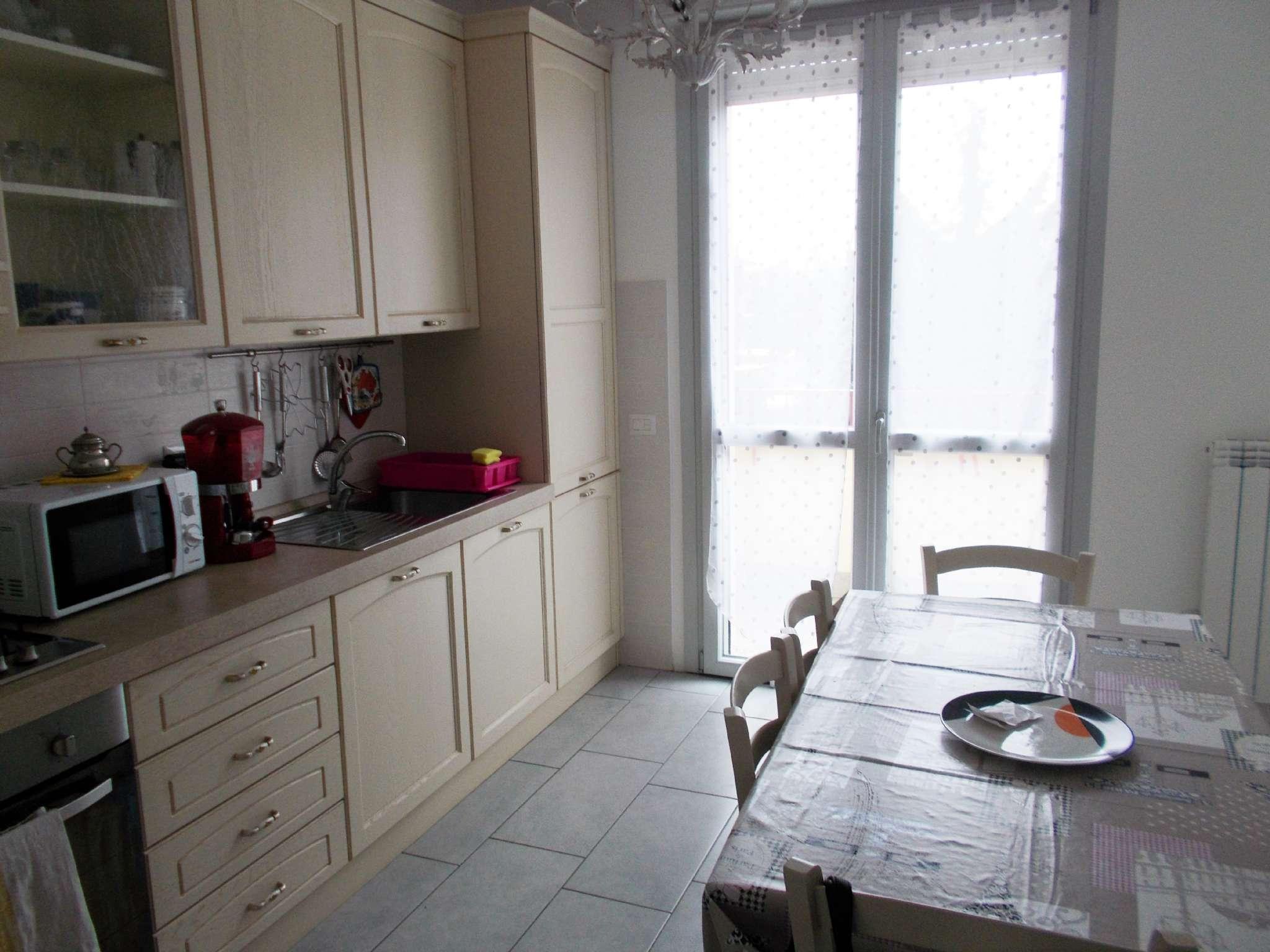 Appartamento in vendita a Arluno, 4 locali, prezzo € 250.000 | CambioCasa.it