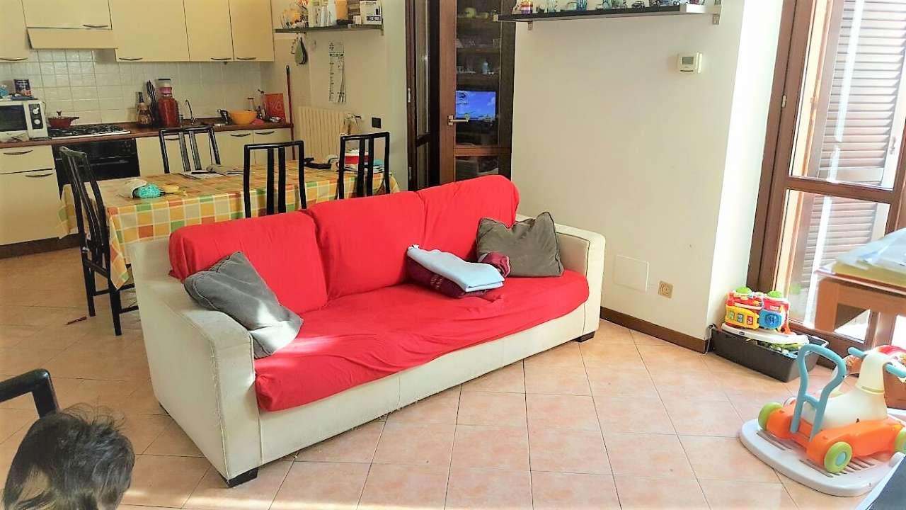 Appartamento in affitto a Arluno, 2 locali, prezzo € 550 | Cambio Casa.it