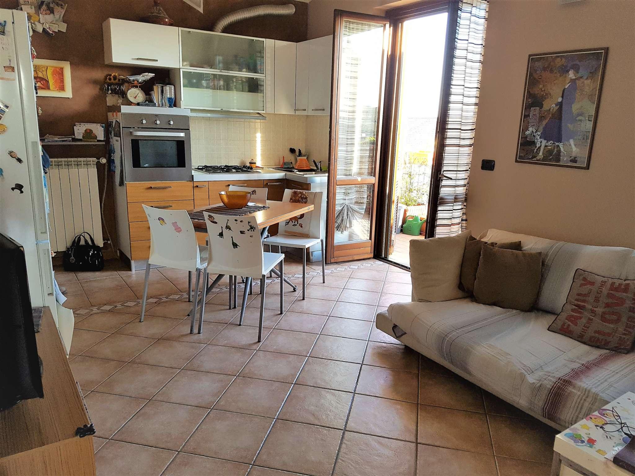 Appartamento in vendita a Arluno, 2 locali, prezzo € 96.000 | Cambio Casa.it