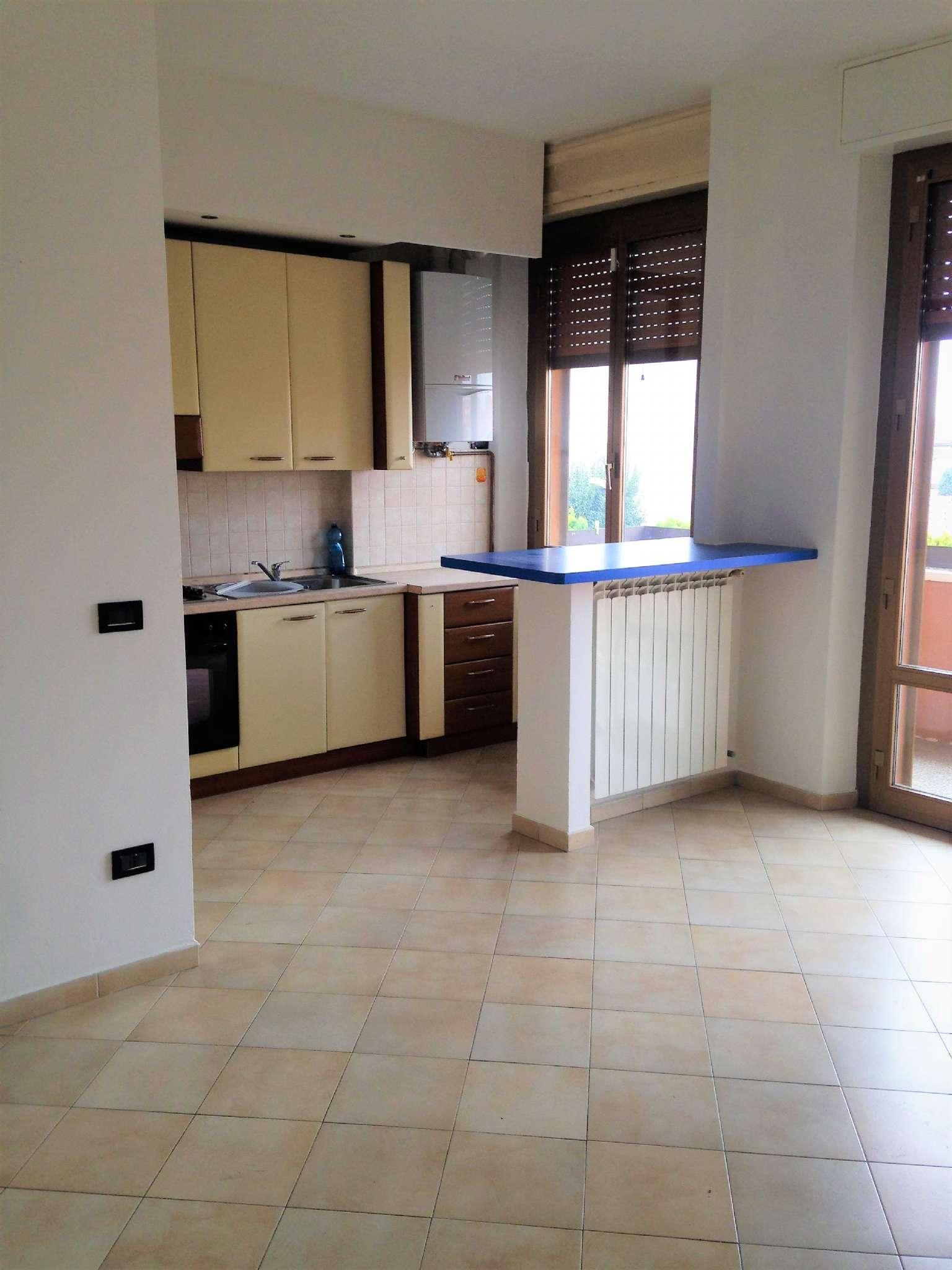 Appartamento in vendita a Arluno, 2 locali, prezzo € 87.000 | CambioCasa.it