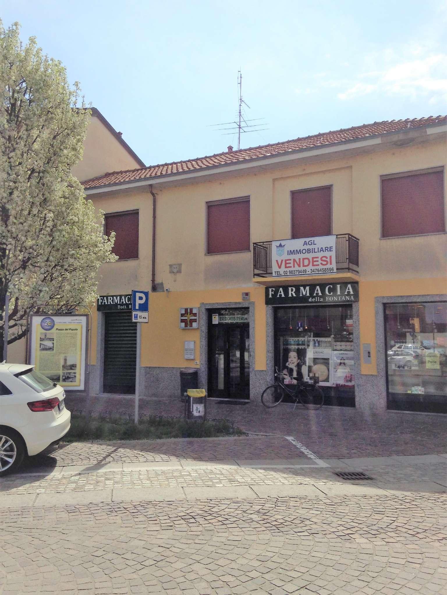 Palazzo / Stabile in vendita a Arluno, 7 locali, prezzo € 250.000   CambioCasa.it