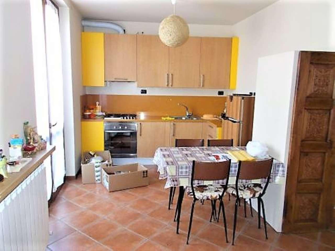 Appartamento in affitto a Arluno, 2 locali, prezzo € 520 | CambioCasa.it