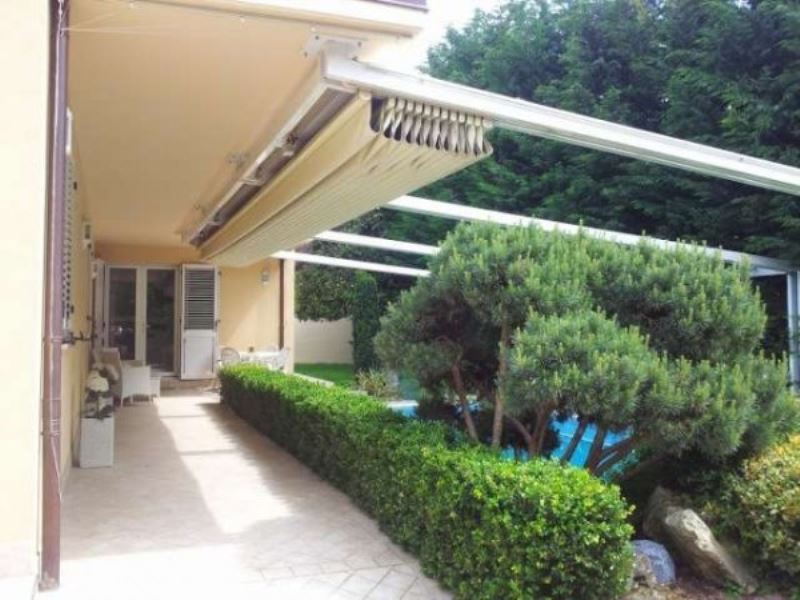 Villa in vendita a Forlì, 6 locali, Trattative riservate | CambioCasa.it