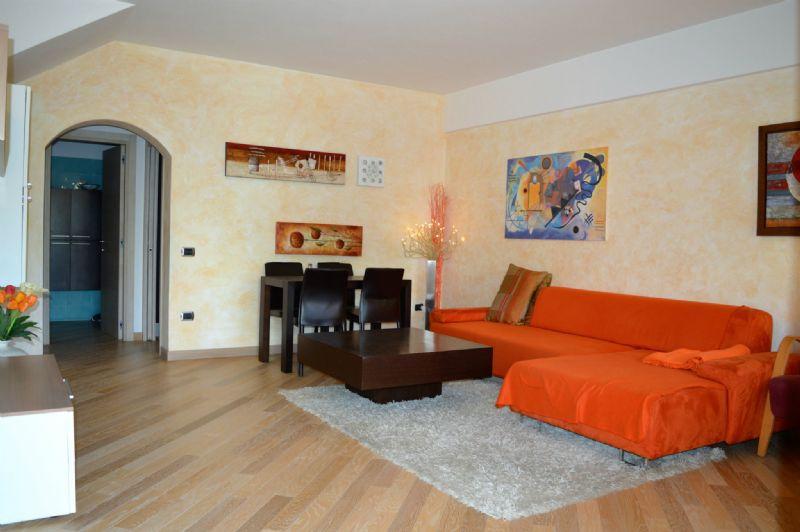 Palazzo / Stabile in Vendita a Predappio