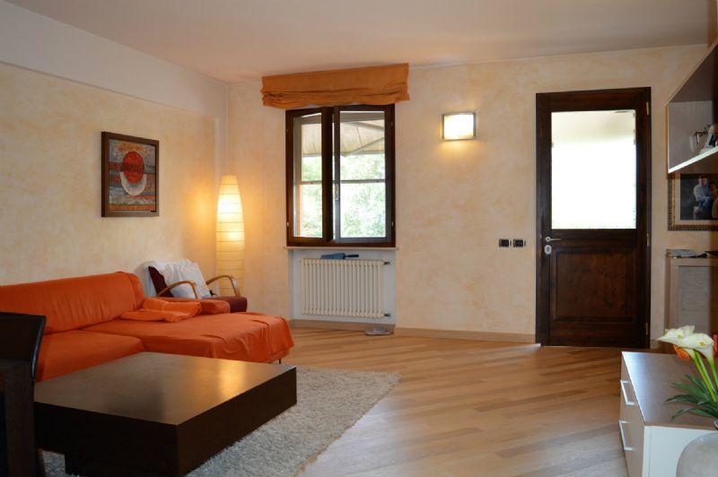 Villa a Schiera in vendita a Predappio, 7 locali, prezzo € 239.000 | CambioCasa.it