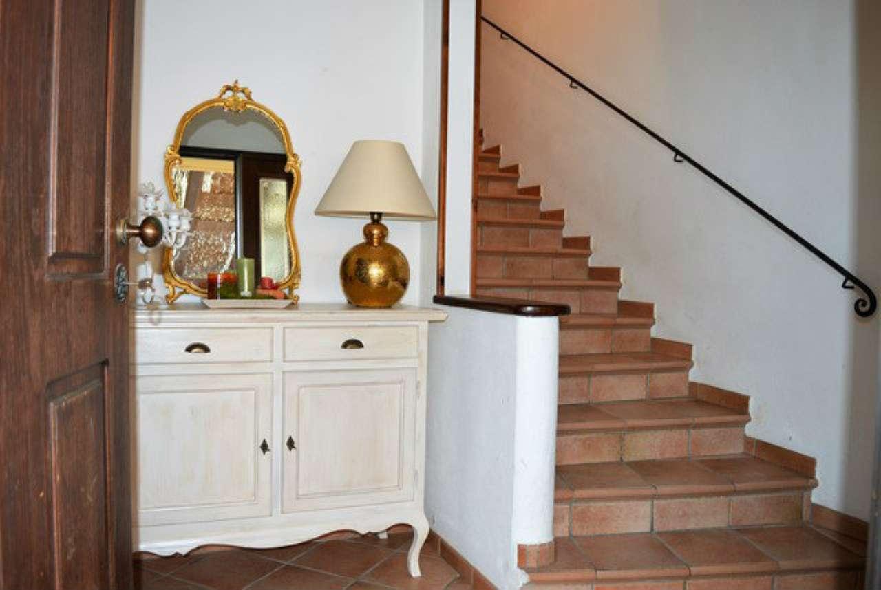 Soluzione Indipendente in vendita a Forlì, 10 locali, Trattative riservate | Cambio Casa.it