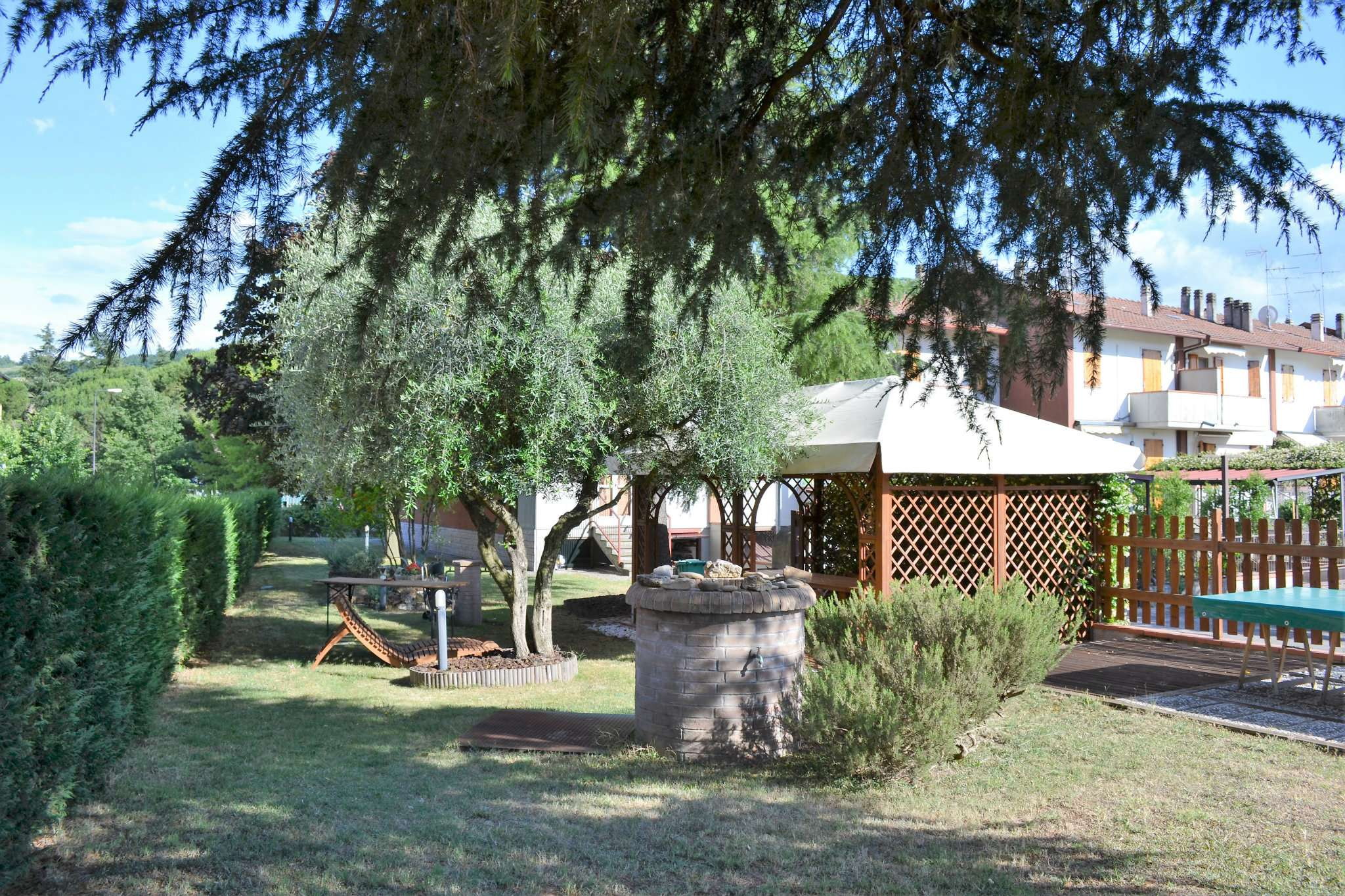 Villa in vendita a Forlì, 6 locali, prezzo € 295.000 | CambioCasa.it