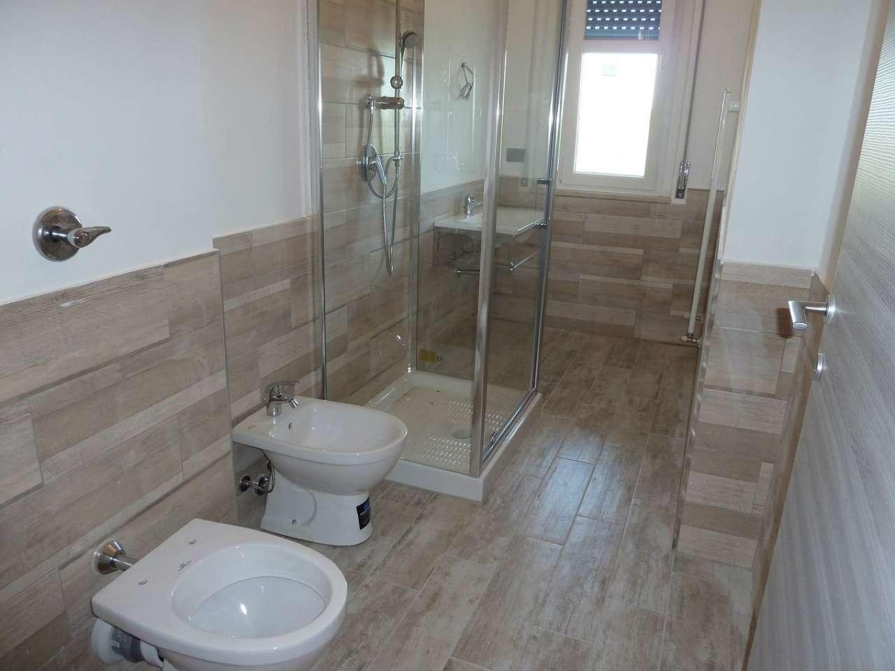 Appartamento in vendita a Solaro, 3 locali, prezzo € 79.000 | Cambio Casa.it