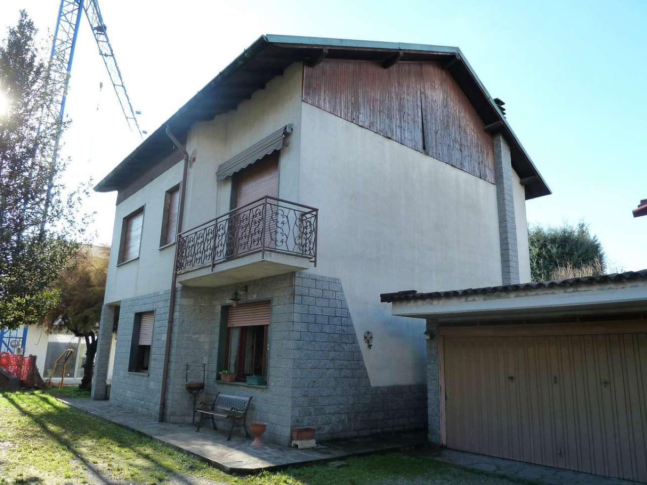 Villa Bifamiliare in vendita a Senago, 6 locali, prezzo € 299.000 | CambioCasa.it