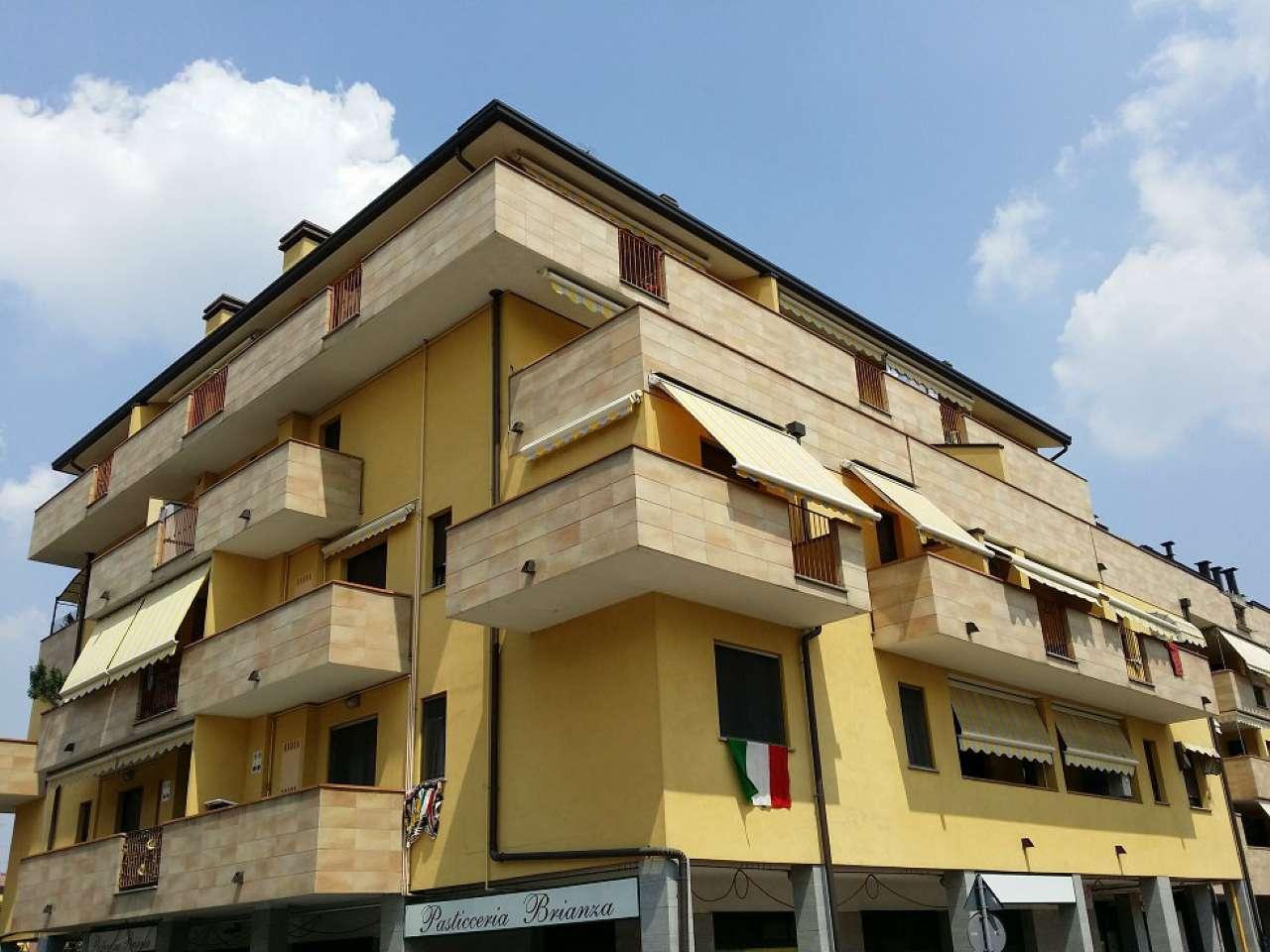 Appartamento in vendita a Limbiate, 2 locali, prezzo € 139.000 | Cambio Casa.it