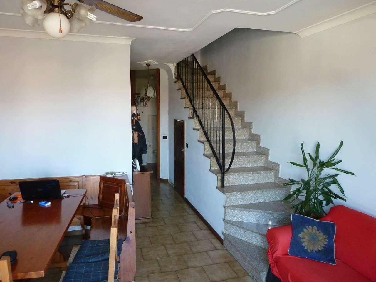 Appartamento in vendita a Limbiate, 4 locali, prezzo € 139.000 | Cambio Casa.it